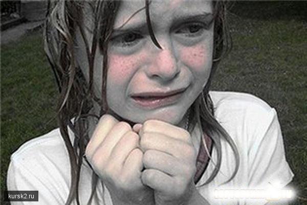 Пенсионер-педофил насиловал маленьких девочек, заманивая их яблоками. В До