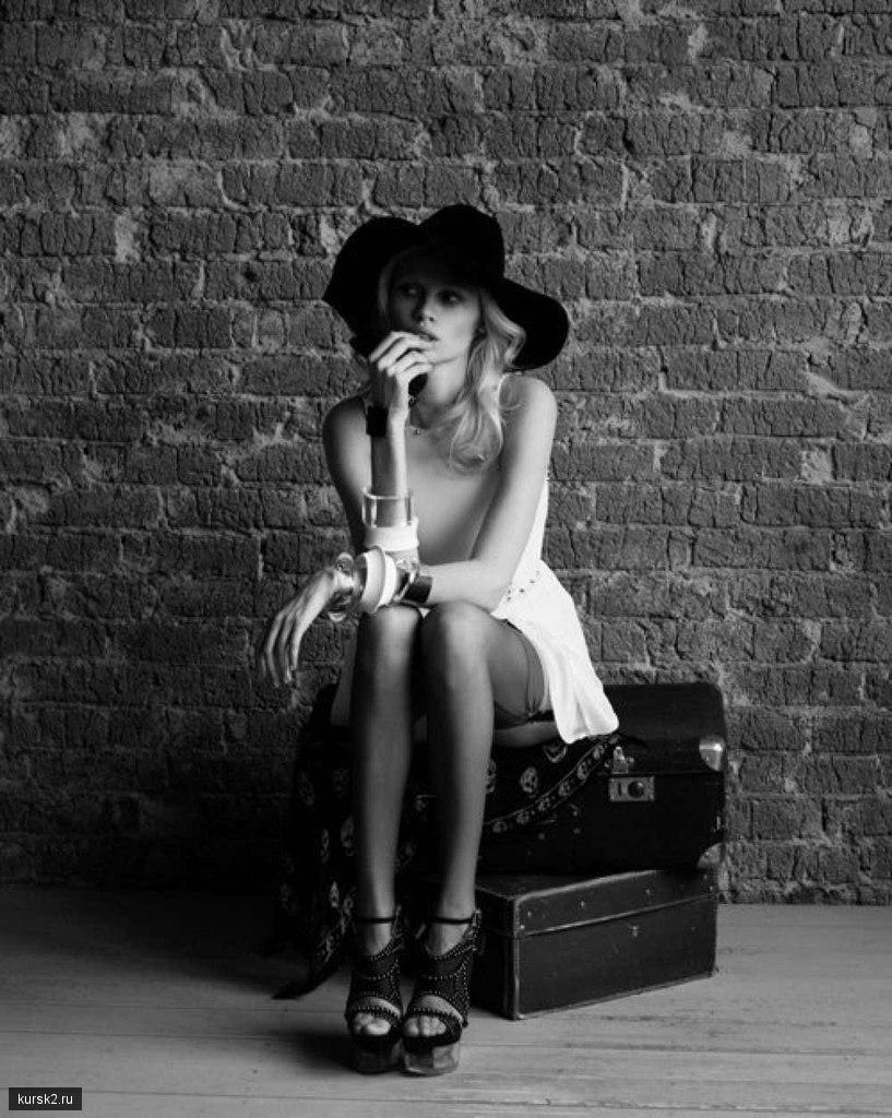 Курск девушка ищет работу модели онлайн калач на дону